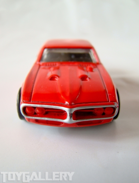 1967 Pontiac Firebird Coke Bottle styling