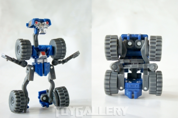 Wheelie Robot and Alt comparison