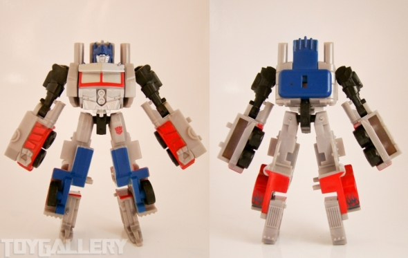 Optimus Prime Legend STANDING