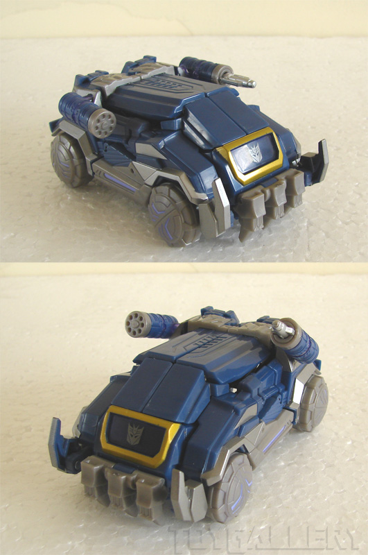 Soundwave alt mode guns out