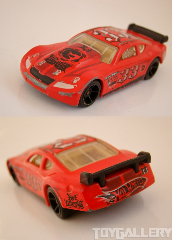 Circle Tracker Hot Wheels FRONT BACK