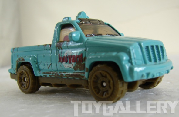 Matchbox TrooP Carrier front