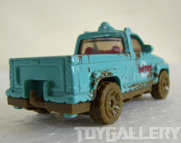 Matchbox TrooP Carrier rear